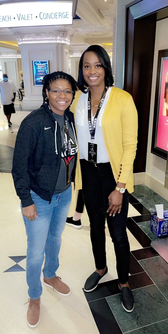 Broward County legends, from battling on the court in high school, making it to the @WNBA THANK YOU 🙏🏽 @LVAces for bringing back your ALUMNI truly special #ALLIN