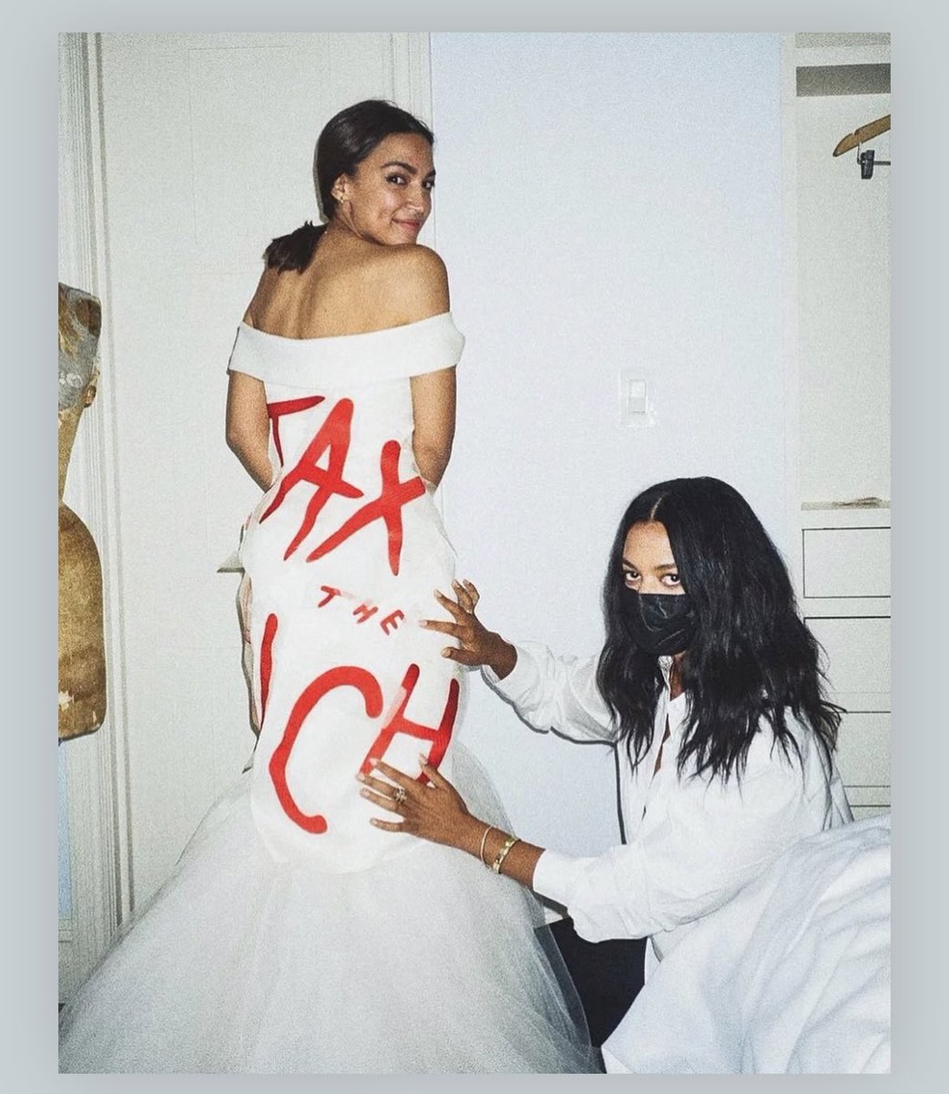 This is icon behavior! @AOC wearing #TaxTheRich to #MetGala is so ❤️🔥❤️🔥❤️🔥