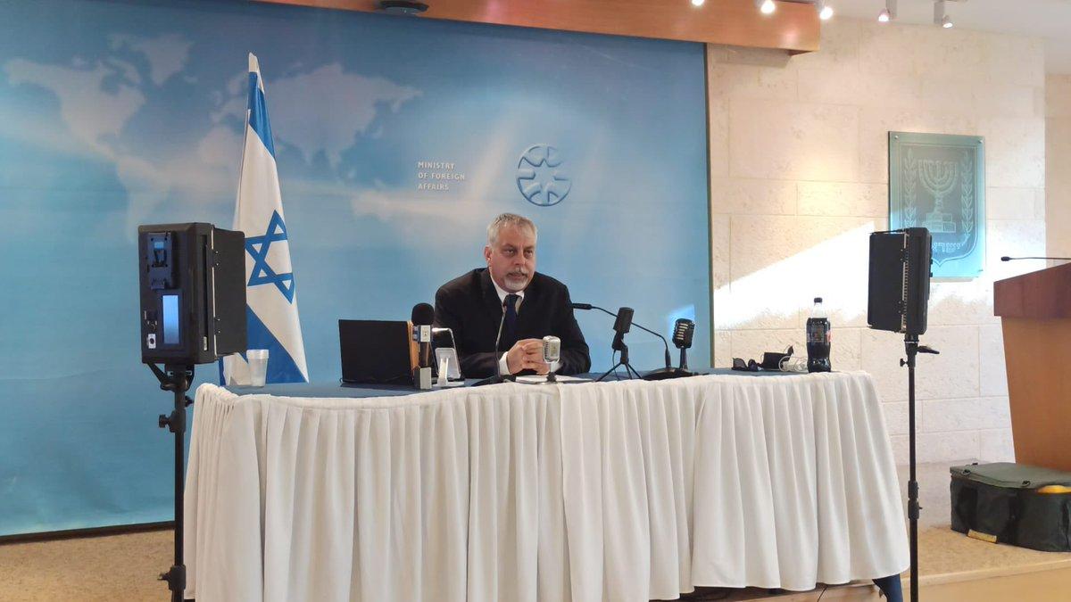 المتحدث الرسمي باسم وزارة الخارجية الاسرائيلية @LiorHaiat يجري ماراثون من المقابلات بمناسبة…