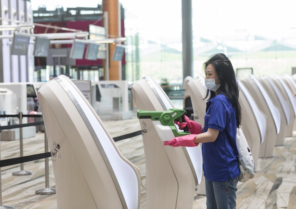 Changi Airport's health safety standards receive international recognition with successful renewal of ACI Health Accreditation https://t.co/gbckhCCVu2 https://t.co/6yqgNflTI0