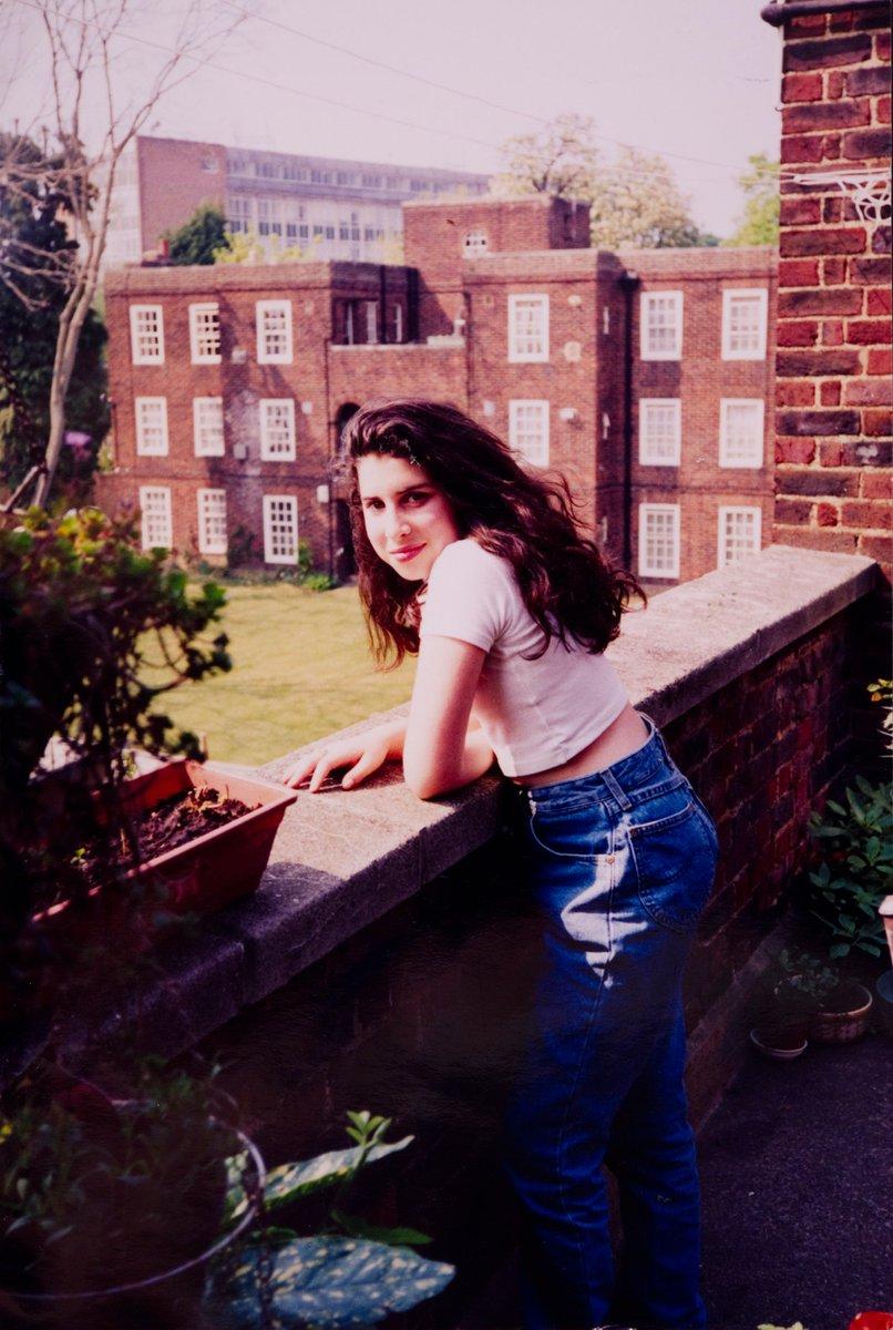 @Superbritanico's photo on Amy Winehouse