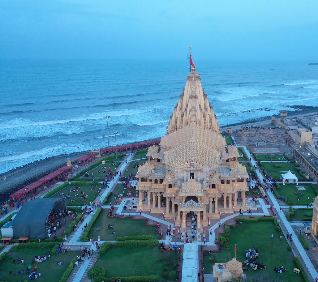 Shri Somnath Trust to reallow entry of visitors during Aarti