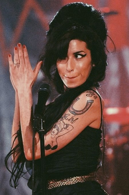 Happy birthday to amy winehouse instead, lift up REAL virgo royalty