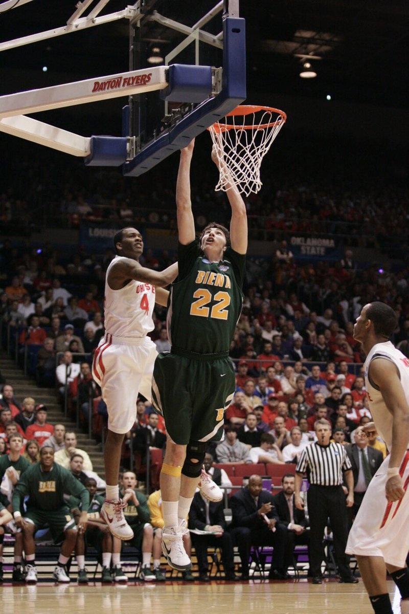 🎂🎉 #HappyBirthday to three-time @MAACHoops Champion, our all-time leading rebounder, and #SienaSaints legend @Rossiter22 '11, HOF '16❗️ #MarchOn | #OnceaSaintAlwaysaSaint