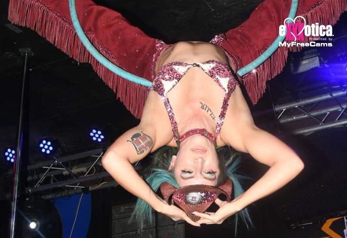 Miss Daniels Aerialist Spectacular @Staceydaniels22 performing on the main stage sponsored by @chaturbate