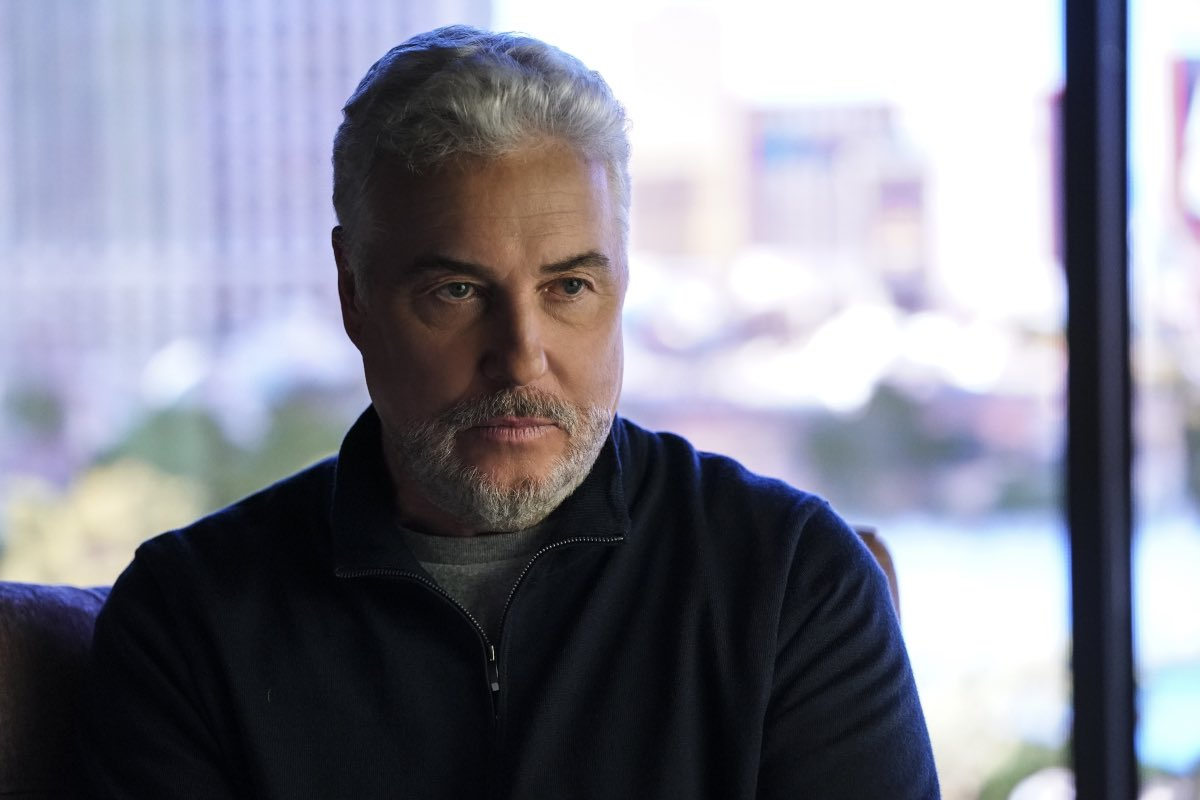 The way Grissom looks into your soul. That's it. That's the post. 🐝👀 #CSIVegas