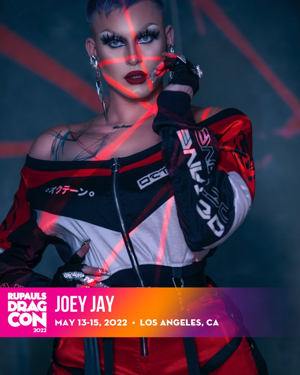 Oh hi… Who wants to kiki at my booth?😈😈 See you at @rupaulsdragcon in Los Angeles this May 2022, snatch your #DragCon tickets today! bit.ly/34K0LDo