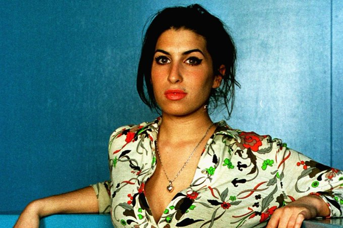 Happy 38th birthday to the late Amy Winehouse. Such a treasure.