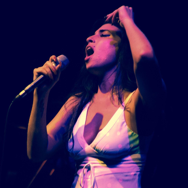 Amy Winehouse. London 2004. Happy birthday Amy.