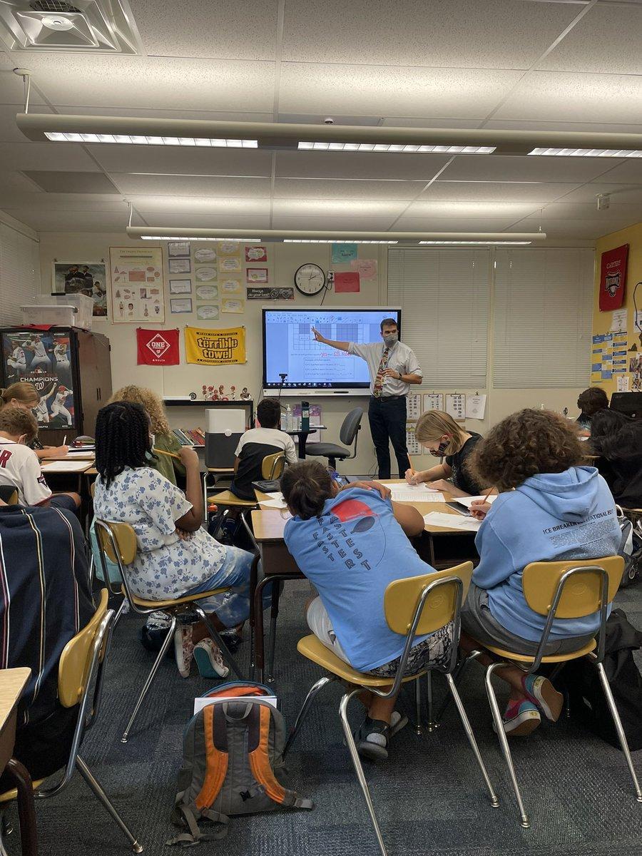@MrCarterMath өнөөдөр математикийн workshop сургалт зохион байгууллаа! @JeffersonIBMYP https://t.co/lBDZwcHVJY