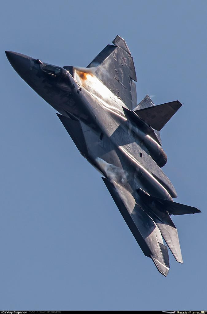 Su-57 Stealth Fighter: News #8 E_S9NUoXsAUUB24?format=jpg&name=medium