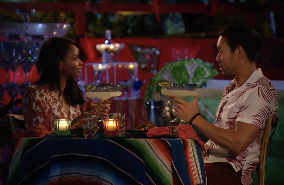 Obsessed with these big ass margarita glasses #BachelorInParadise