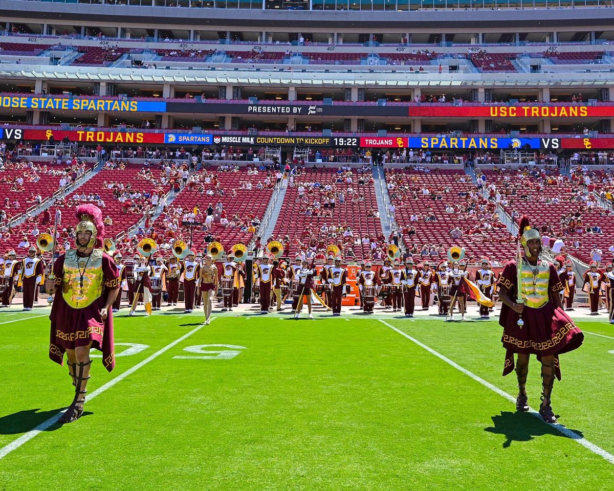 In Week 1, 2020 Drum Major Jacob Mequet fulfilled his dream of leading the Trojans.  Now, the sword is passed to 2021 Drum Major Niven Jayanthi!  #FightOn