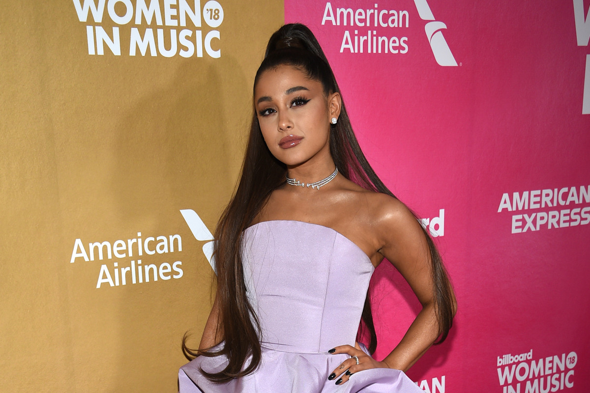 Man Arrested Outside Ariana Grandes Home for Pulling Knife