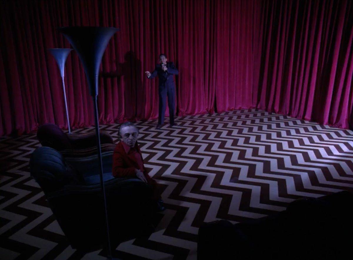 Lynch lighting The Lodge (Black)