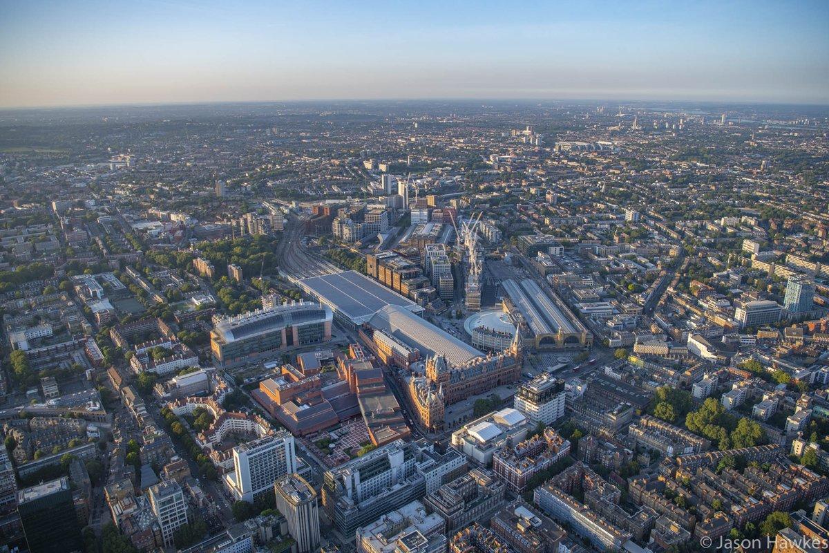 Up over King's Cross, St Pancras International, The British Library, Francis Crick Institute, #London. @britishlibrary @kingscrossN1C @TheCrick @StPancrasInt @StPancrasRen #London #AerialViews