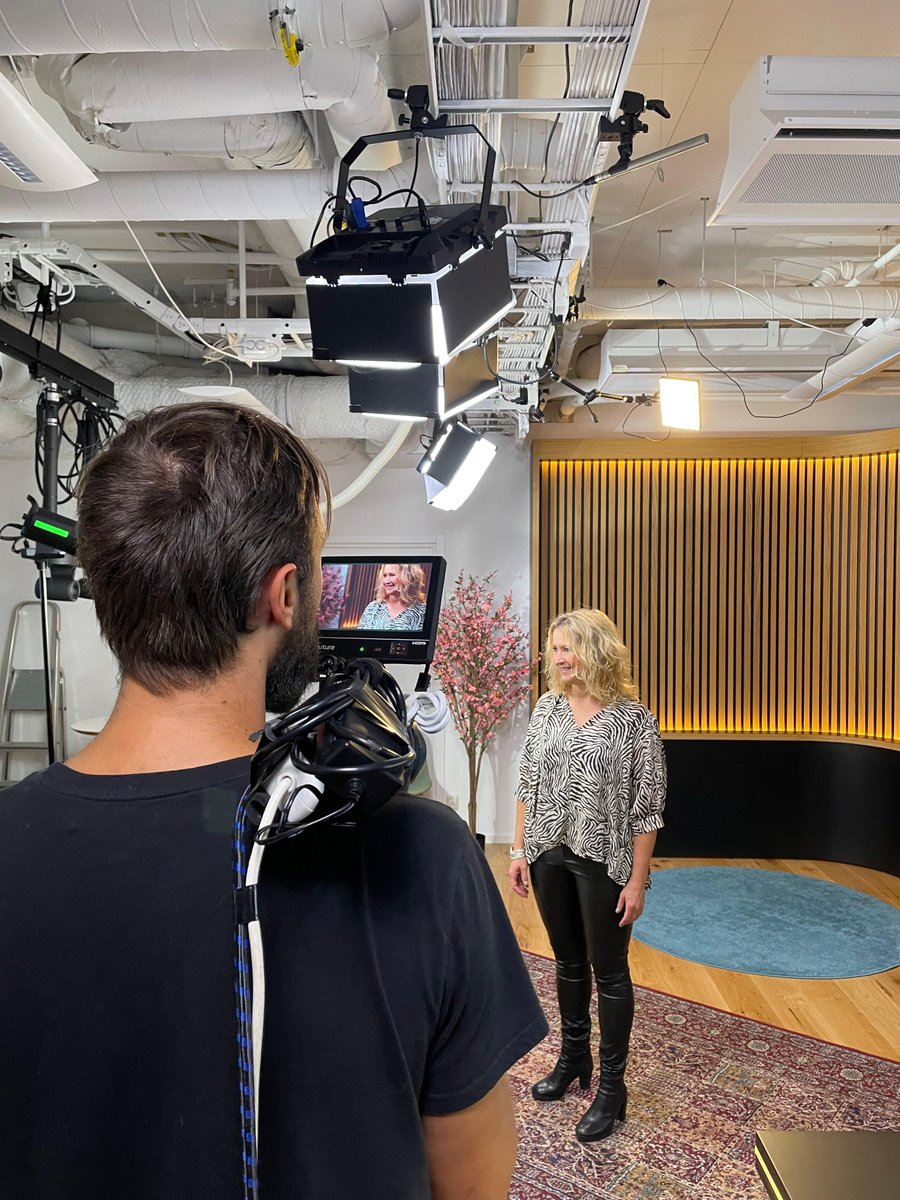 Had so much fun this morning filming for Di Digitial Female Founders - the event that pays tribute to female founders and those who help them reach their full potential 💃  Book a free ticket and apply to pitch here: https://t.co/2NaTjZJzww @didigital_se   #femalefounder https://t.co/m5eJIfifqg