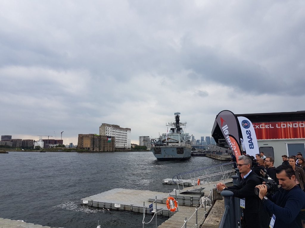 Buyers - including Israeli state and military delegates - have been watching live action demos at DSEI take place in front of a huge Palestine flag draped from an abandoned building across the dock. 📷taken from inside the arms fair #FreePalestine #StopArmingIsrael #ShutDownDSEI