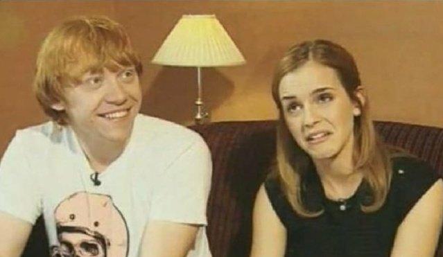 Emma'nın ve Rupert'ın, Ron Hermione öpüşme sahnesi hakkında konuşurlarkenki yüz ifadeleri: