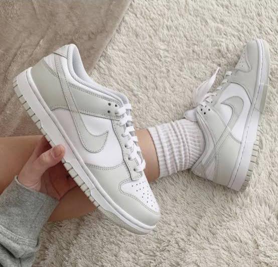 QUEUE UP Nike Dunk Low 'Grey Fog'  FNL: JD: