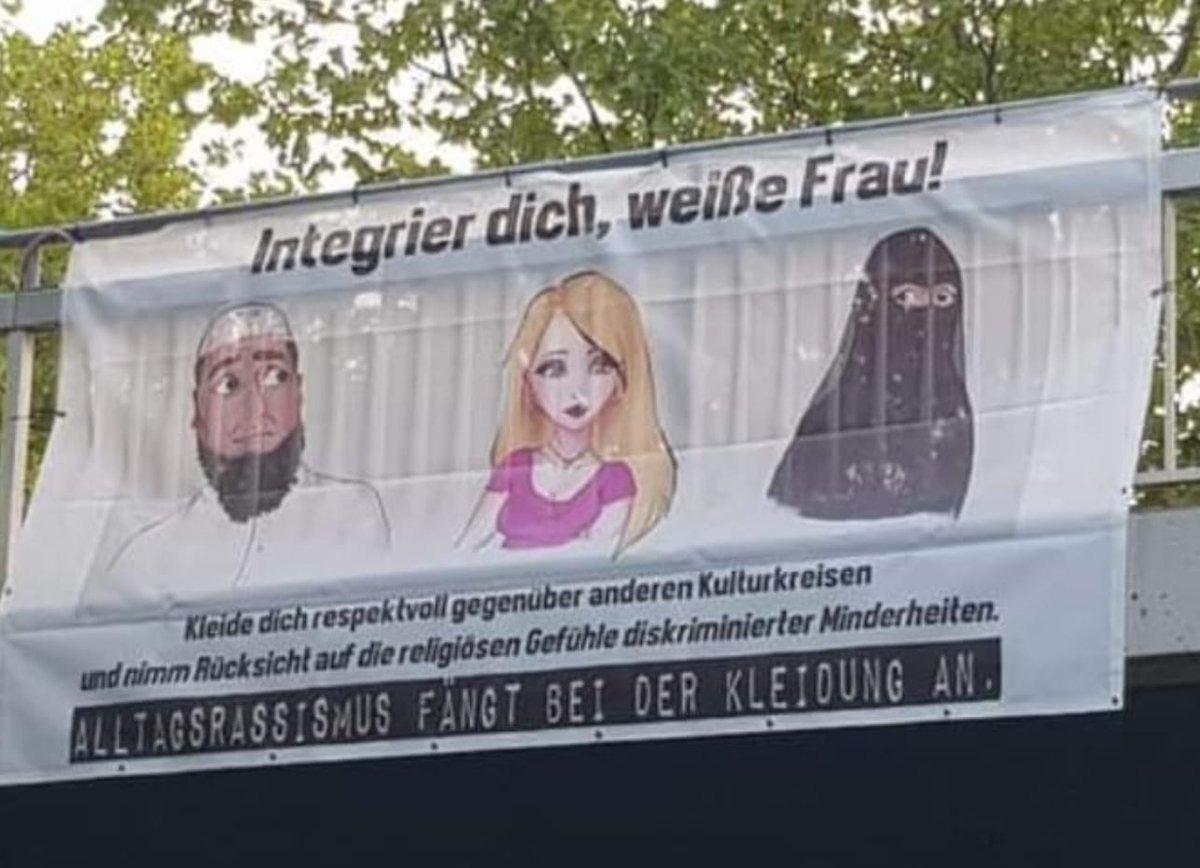 RT @Blondie6713: Heute entdeckt auf der B1 in Dortmund. Ich bin sprachlos. https://t.co/D1gaqLte3w