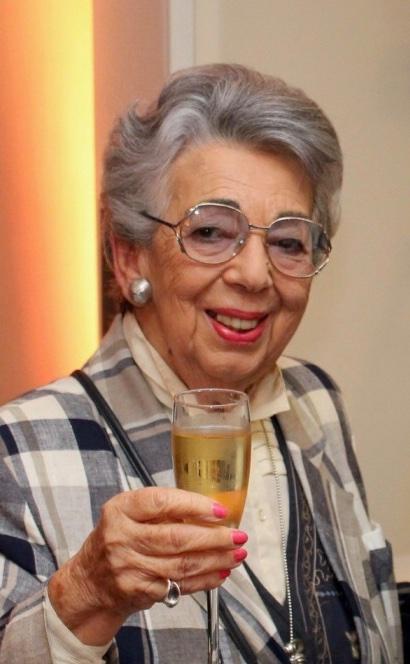 Yad Vashem UK Foundation are saddened to hear of the passing of Holocaust survivor Lili Pohlman z'l https://t.co/4Iqn14jhlV