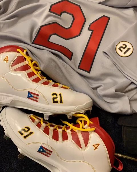 @cardenales's photo on Roberto Clemente