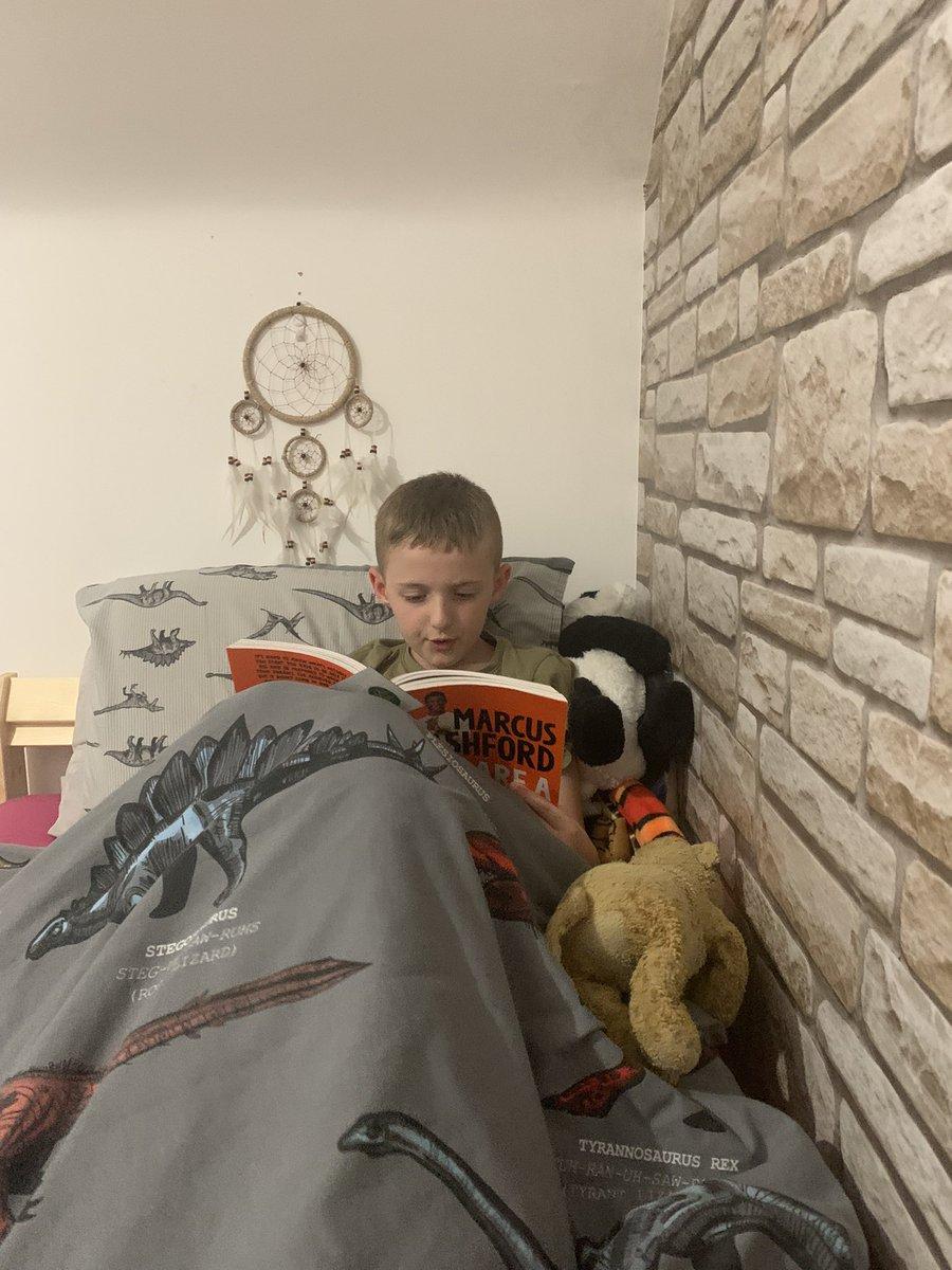 Bit of bedtime reading @MarcusRashford the boy is loving it. #confidencebuilding #reading