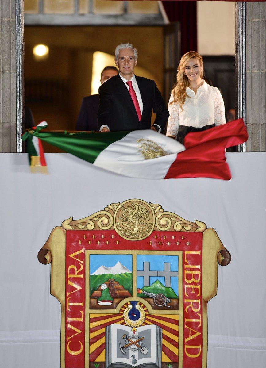 RT @alfredodelmazo: El orgullo de ser mexicano se vive y se siente todos los días. ¡Viva México! 🇲🇽 https://t.co/Gb8wDXu3a2