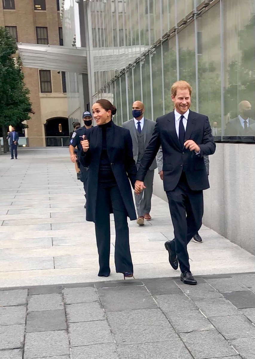 NYC ❤️'s the Duke and Duchess!  Enjoy your visit, #HarryAndMeghan!