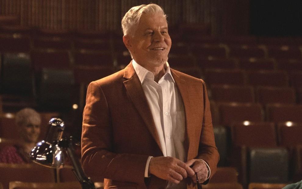 Glee brasileira? Miguel Falabella acelera produção de série musical do Disney+ > https://t.co/AhGdR5A7JI https://t.co/mGNf5IPsoN