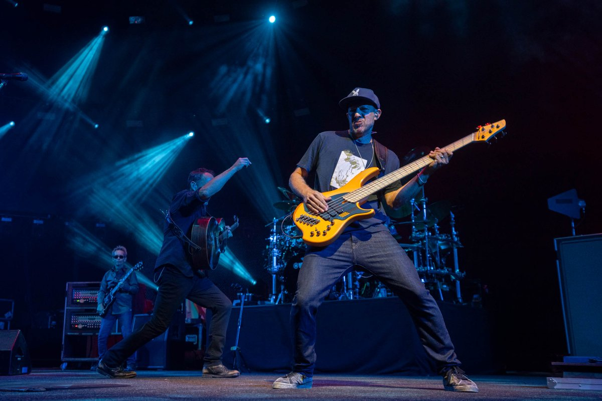 Thank you all at @Summerfest in Milwaukee, WI! Check out photography highlights of the concert.📸 Sanjay Suchak https://t.co/ic3e3KuQ2J