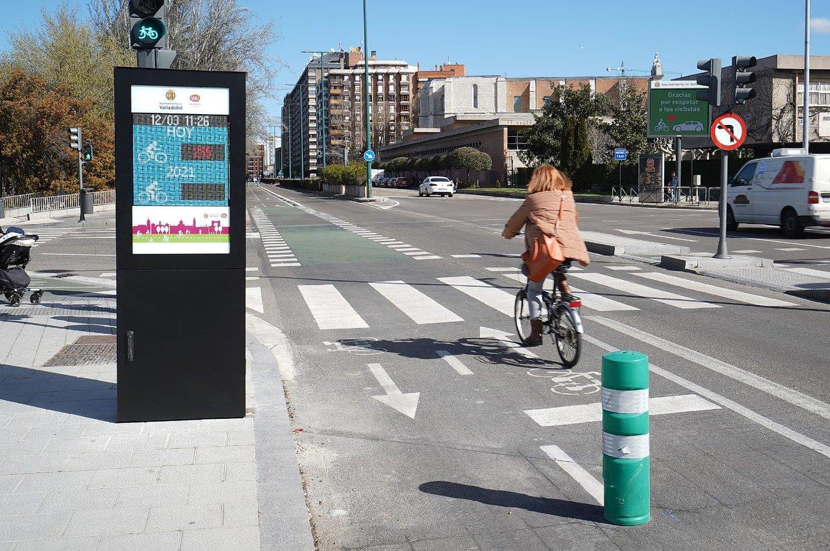 🤔🚙🚗🚘🛵🚛💨 ¿VA-10 y carriles bici son actuaciones del (no) Plan Valladolid Ciudad Verde?   Hoy, justo hace un año, decían que eran actuaciones propuestas por el PIMUVA 2004 y del PGOU 1995.🤯🤯  ❌🛑En #Valladolid la realidad de la movilidad son los ATASCOS 🚧🚧🤬
