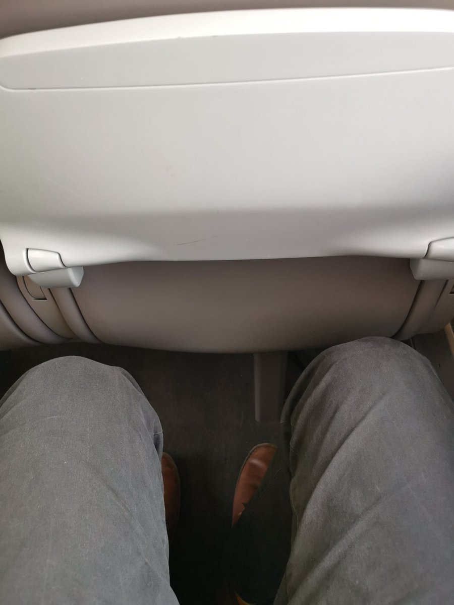 Final stretch for today, Exeter-Plymouth on what I like to call a 'missed opportunity'. Legroom is great, they go like someone sat spare being told to go home but by God why is there not any seat padding. Spoils the whole thing. We can only hope for a fix...