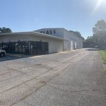 Image for the Tweet beginning: Featured Listing 📣±20,184 SF Commercial