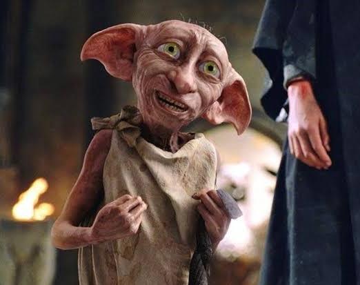 Emma Watson, ölüm yadigarları kitabını okurken en çok Dobby'nin ölümüne ağlamıştır.