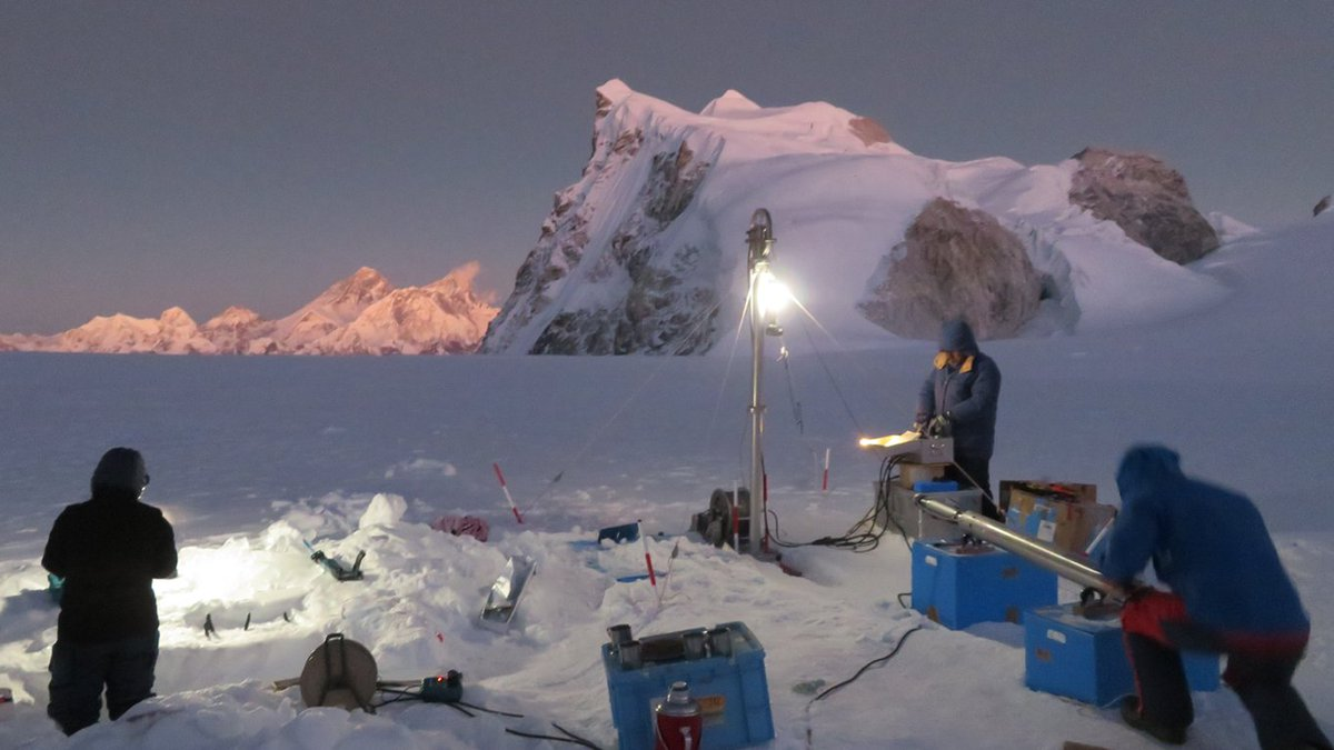 """New paper on ANNGLAC First View! """"Ice core drilling on a high-elevation accumulation zone of Trambau Glacier in the Nepal Himalaya"""" by A. Tsushima and colleagues --> https://t.co/7wm7Q8MldD @cozyfujita"""