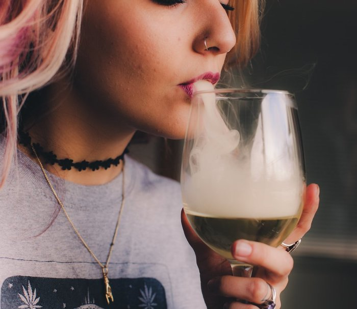 Leafbuyer: How the Alcohol Industry Can Be a Part of Nevada's Booming Marijuana Industry  #nevada #alcohol #CannabisIndustry