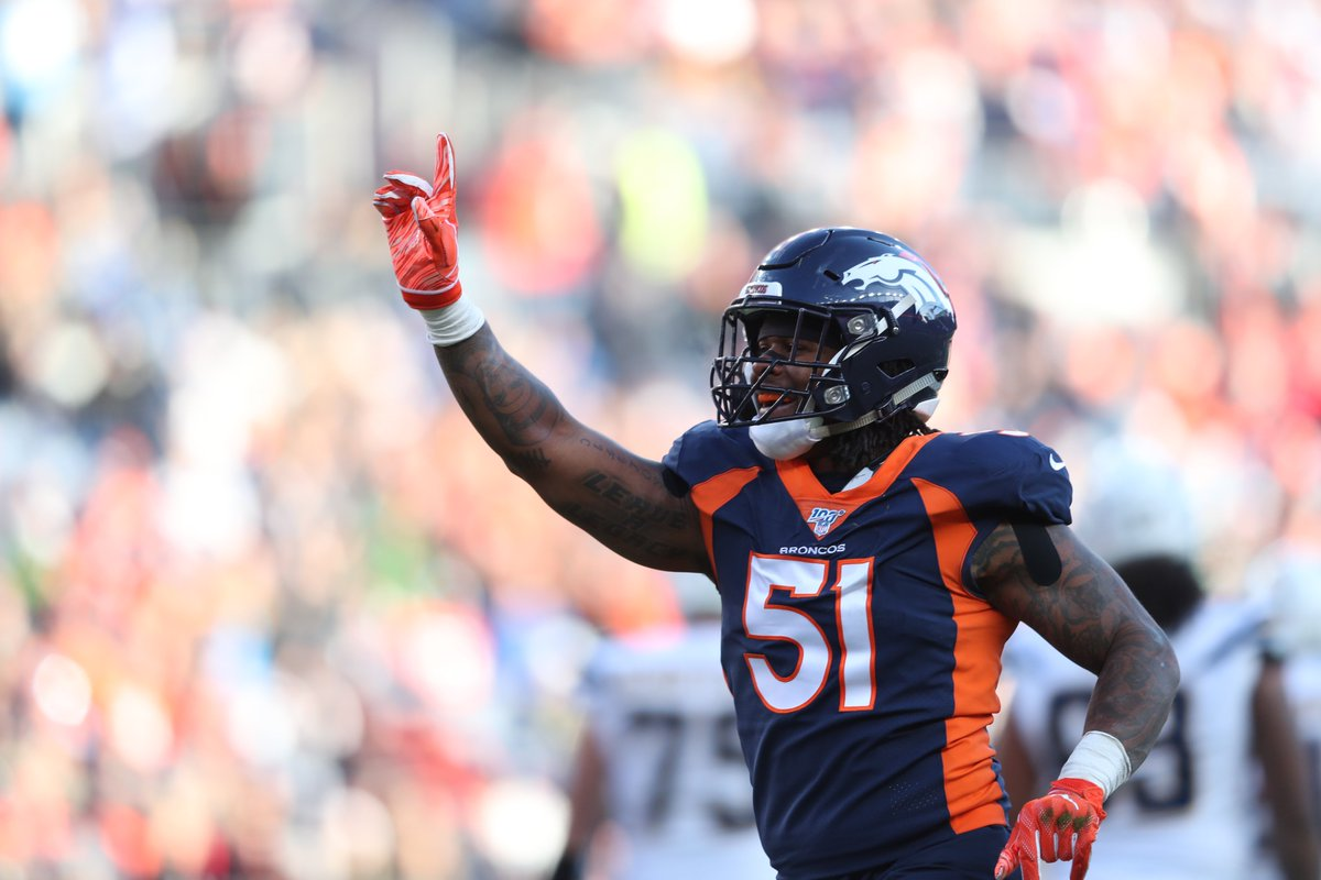Very excited to announce that former @Broncos LB and SB50 champion @BamBamDavis51 will join us after games this season on the Broncos Postgame Show. In addition to his seven years worth of NFL experience, he will bring his charisma and energy to the studio.