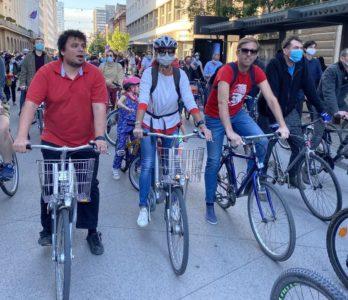 """Da je bil poslanec Koprivc kolesar na poziv? Pa tisti iz """"sam doma"""" tudi?"""