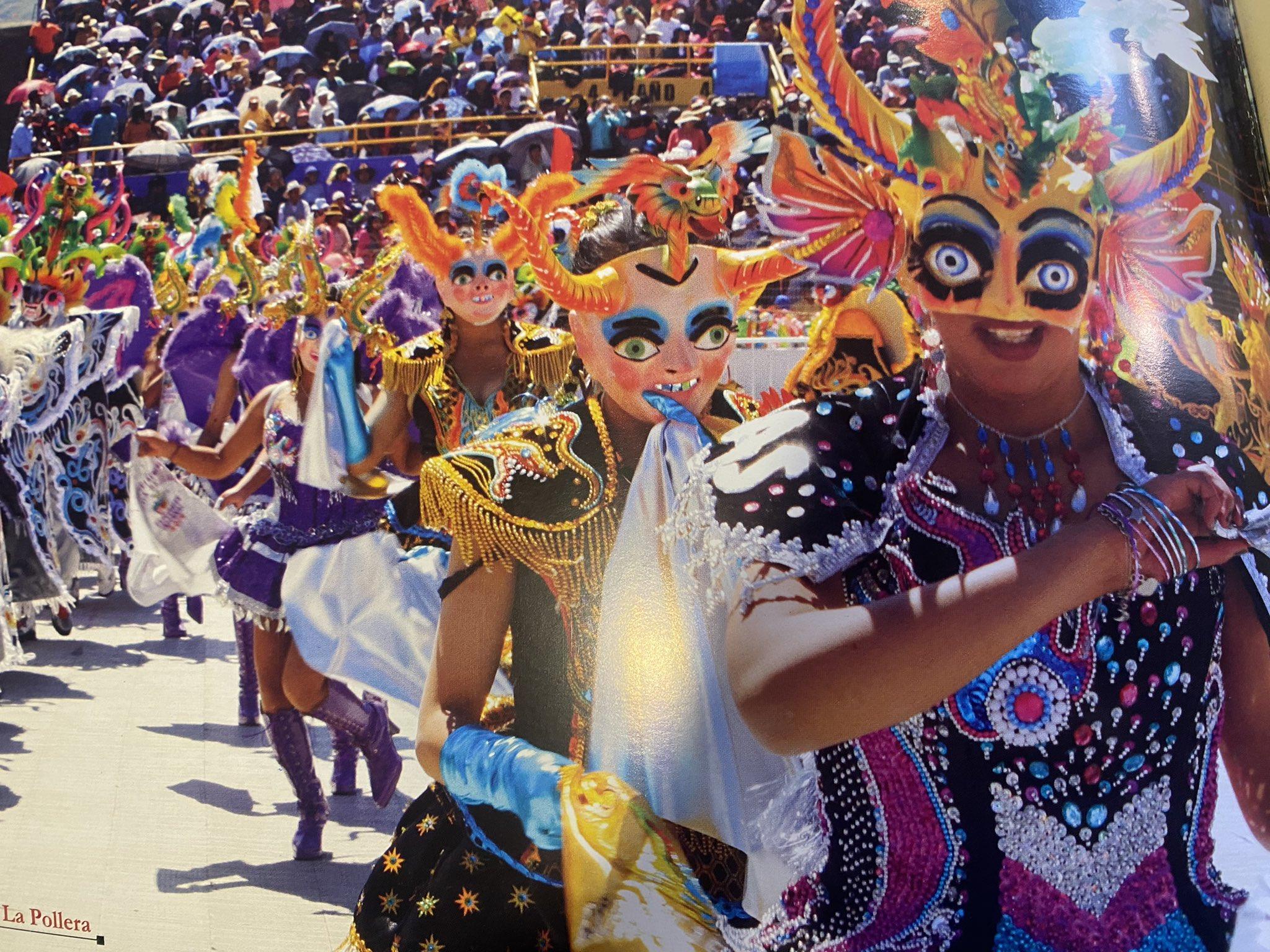 """""""Cada 2 de febrero danzarines, ángeles y diablos de cuerpo y espíritu, danzan a la Virgen de la Candelaria""""."""
