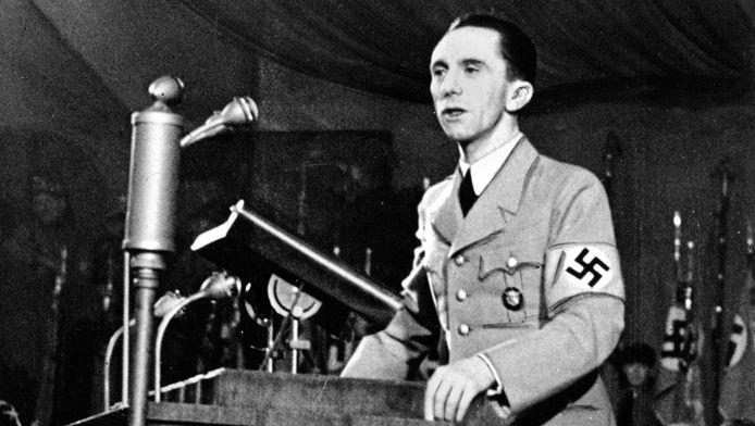 test Twitter Media - @RTLnieuws 4ckYou @RTLnieuws Joseph Goebbels trots op jullie 🤮walgelijke smerige propaganda diarree https://t.co/NYtkPtza1N