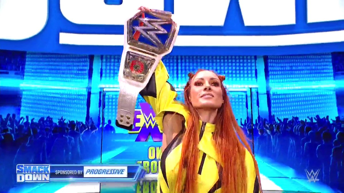 @wweespanol's photo on #SmackDown
