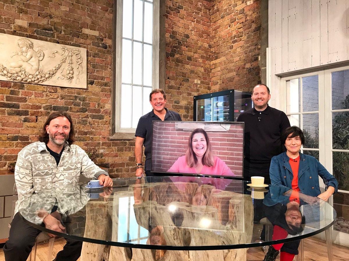 We're live on BBC One in 10 minutes! Come join us! #SaturdayKitchen @matt_tebbutt @texastheband @NiklasEkstedt @Brynwchef @knackeredmutha