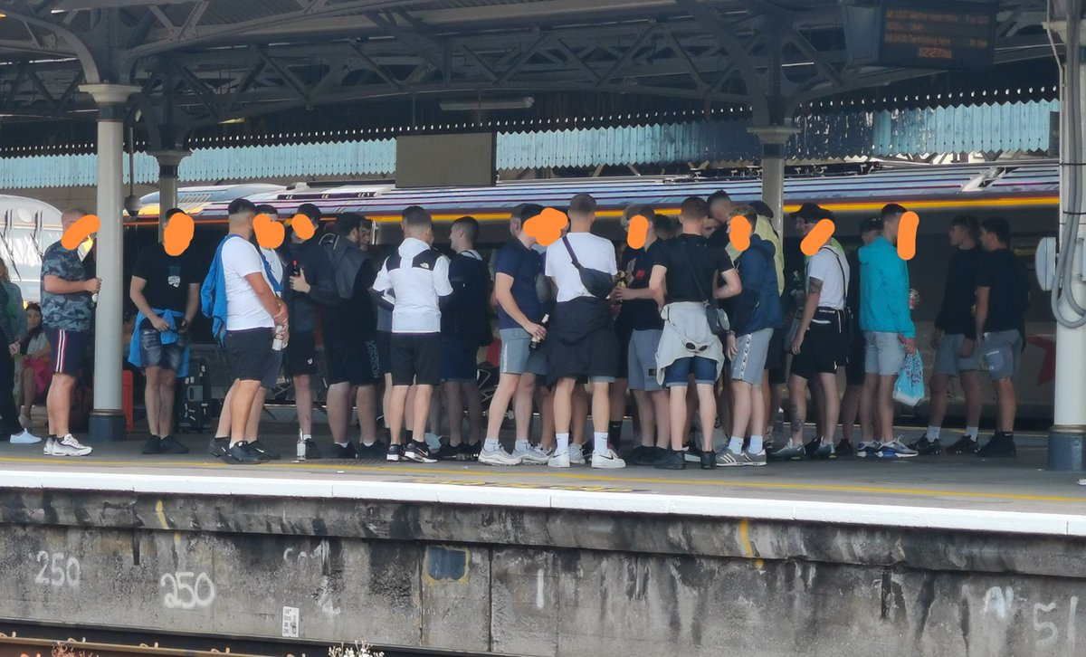 In other news, the acute shortage of trousers caused by #Brexit has reached crisis level in Bristol, where the locals have taken to consuming large amounts of alcohol and smoking on the platform to try and keep warm #thoughtsandprayers