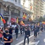 """#España🇪🇦🇪🇺 Hoy, 18 de septiembre de 2021, las autoridades han permitido el desarrollo de una manifestación de carácter #neonazi en las calles de un céntrico barrio de Madrid. Se observan """"saludos romanos"""", camisas negras y proclamas amenazantes contra minorías discriminadas."""