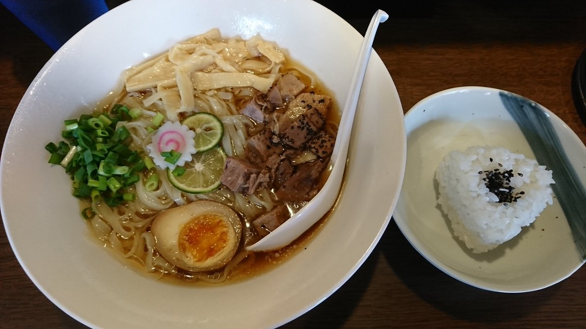 本日のお昼ご飯。中華そば 花京 天六店で冷やしらーめん(おにぎり付)