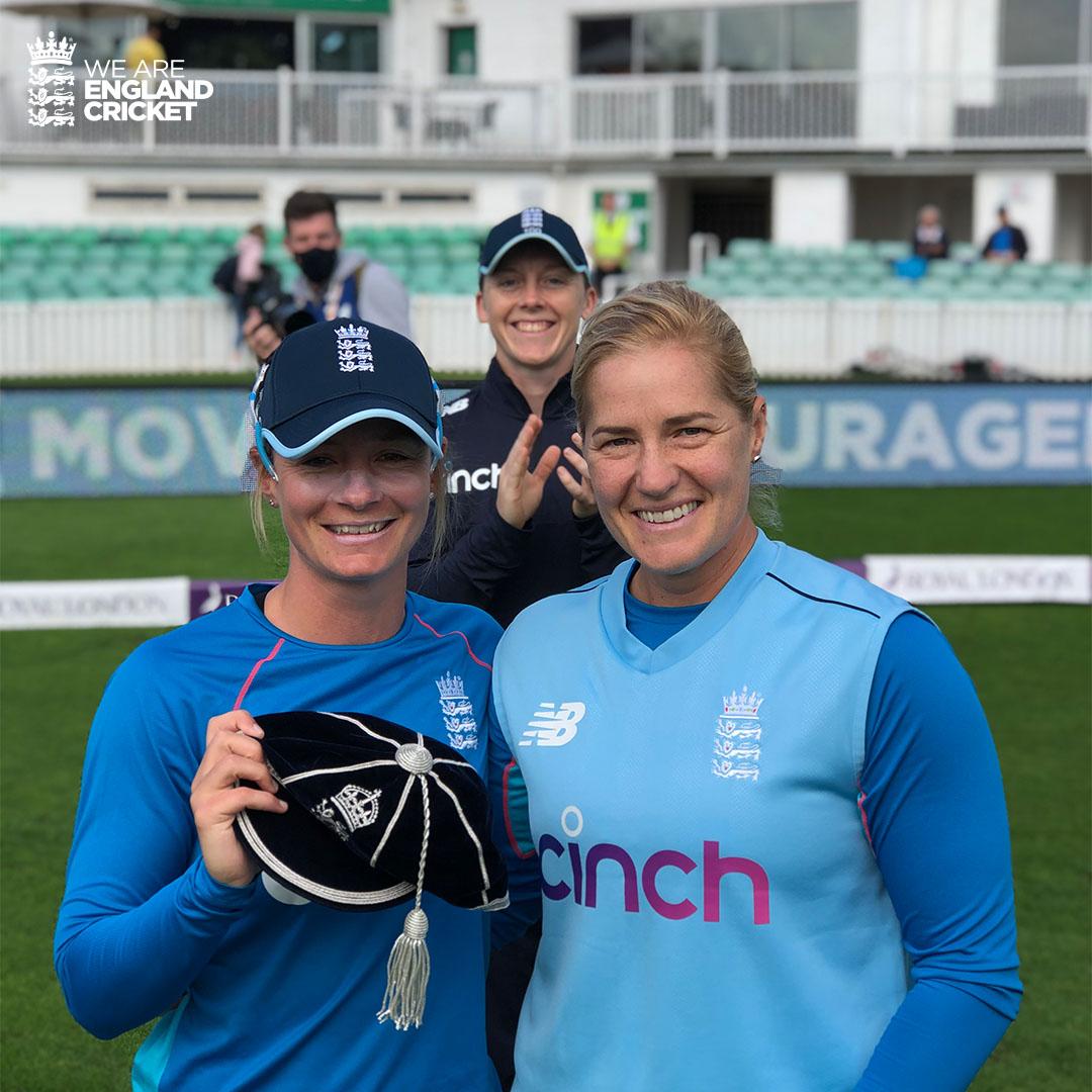 200 England games for @Danni_Wyatt! 👏   #ENGvNZ https://t.co/F3abamozbO