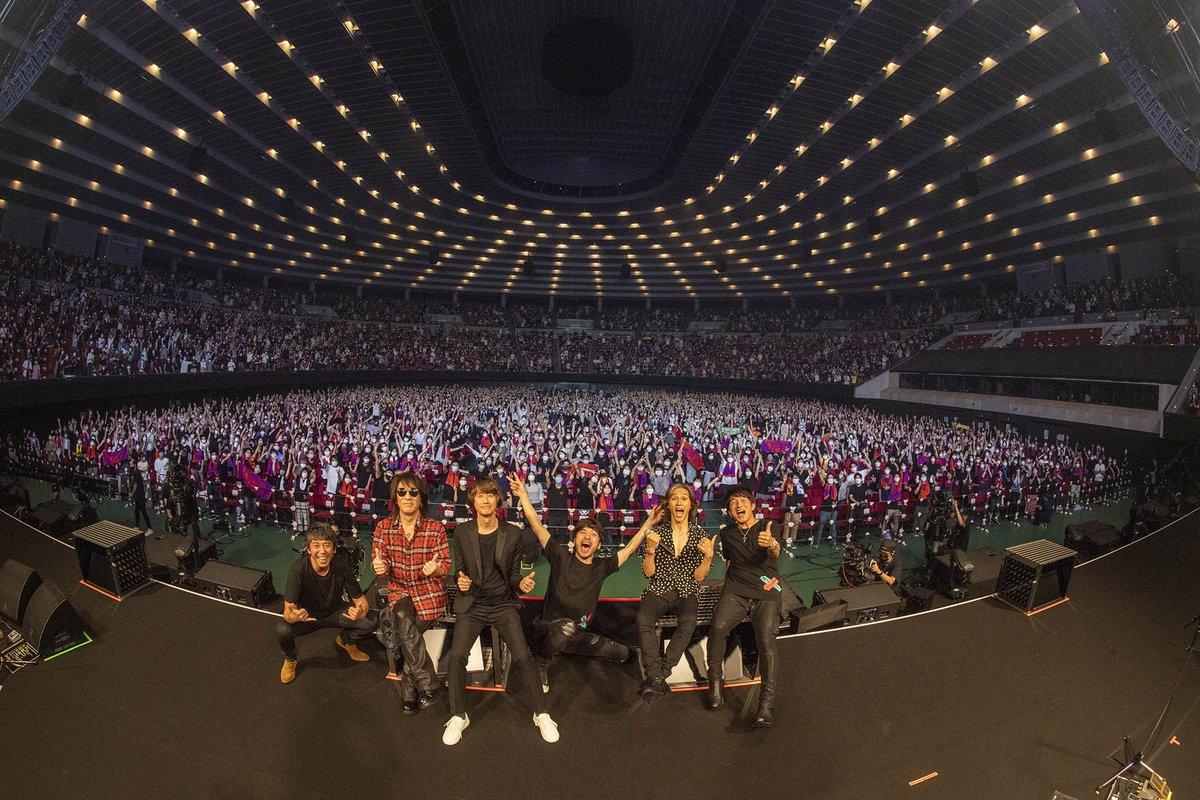 B'z presents UNITE #01 at Osaka-Jo HallThank you OSAKA!!大阪公演の模様は、10月4日〜10月10日までの期間限定で配信ライブを実施いたしますので、是非ご視聴ください!【 配信ライブの詳細はこちら 】#Bz#MrChildren#UNITE#大阪#配信ライブ