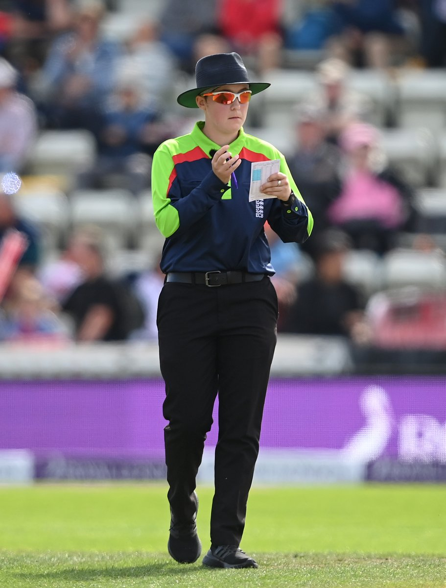 Congratulations to Anna Harris who is standing in her first international game as on-field umpire today! https://t.co/BusxrZxyI8